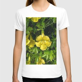 Cat's Claws Vines T-shirt