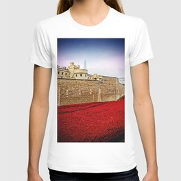 Tower of London Poppy Red Poppies T-shirt