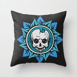 skull of the flower Throw Pillow
