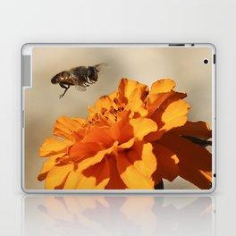 Coming in to land Laptop & iPad Skin