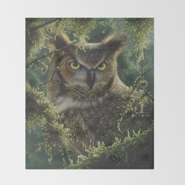 Great Horned Owl - Watching and Waiting Throw Blanket