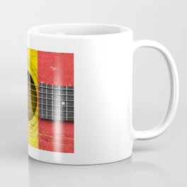 Old Vintage Acoustic Guitar with Romanian Flag Coffee Mug