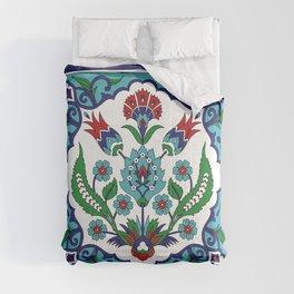 Turkish Tile Pattern – Vintage iznik ceramic with tulips Comforters