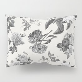 Vintage flowers on cream blackground Pillow Sham