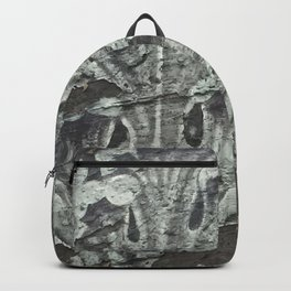 Acanthus in Gray Backpack