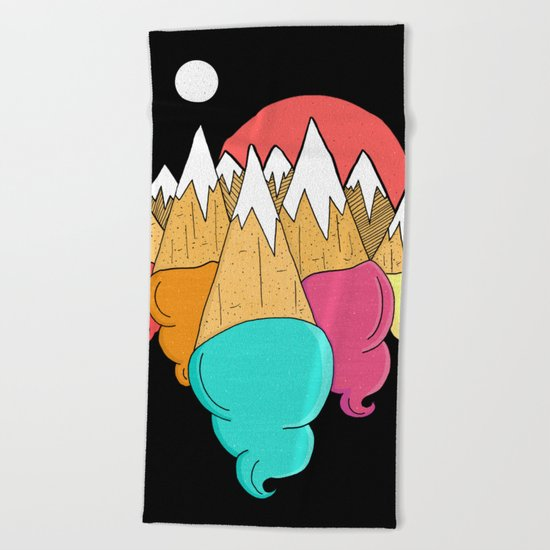 Ice-cream mounts Beach Towel