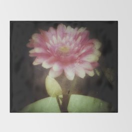Vintage Dreamy Flower Throw Blanket