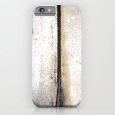 The space between iPhone 6s Slim Case