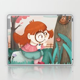 Giadina and the magnifying glass Laptop & iPad Skin