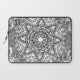 Family: Forever intertwined Laptop Sleeve