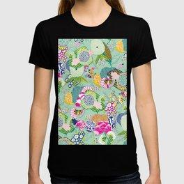 Chinoiserie Decorative Floral Motif Pale Mint T-shirt