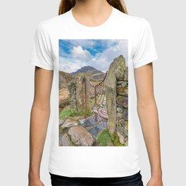 Gate To Tryfan Snowdonia T-shirt