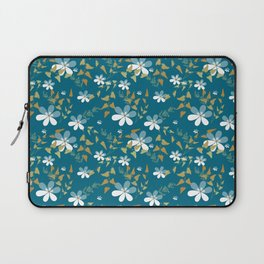 White flowers on a blue background . Laptop Sleeve