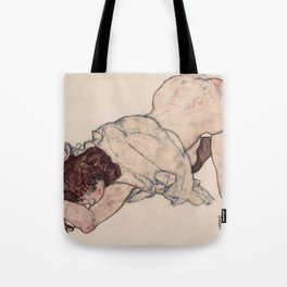 KNEELING GIRL, RESTING ON BOTH ELBOWS - EGON SCHIELE Tote Bag
