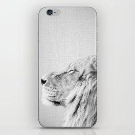 Lion Portrait - Black & White iPhone Skin