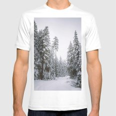 Hiking On A Snowy Trail MEDIUM Mens Fitted Tee White