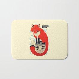 don't be afraid fox Bath Mat