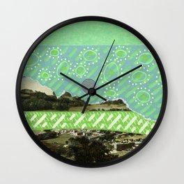 Saluti Dal Futuro 056  Wall Clock