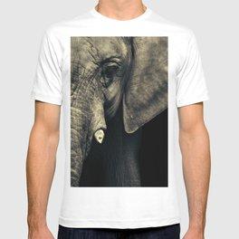 Elephant's face T-shirt