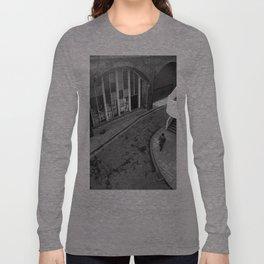 URBAN LONDON PHOTOGRAPH (SOUTHBANK) Long Sleeve T-shirt