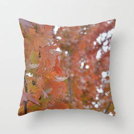 Beautie in the Small things Throw Pillow