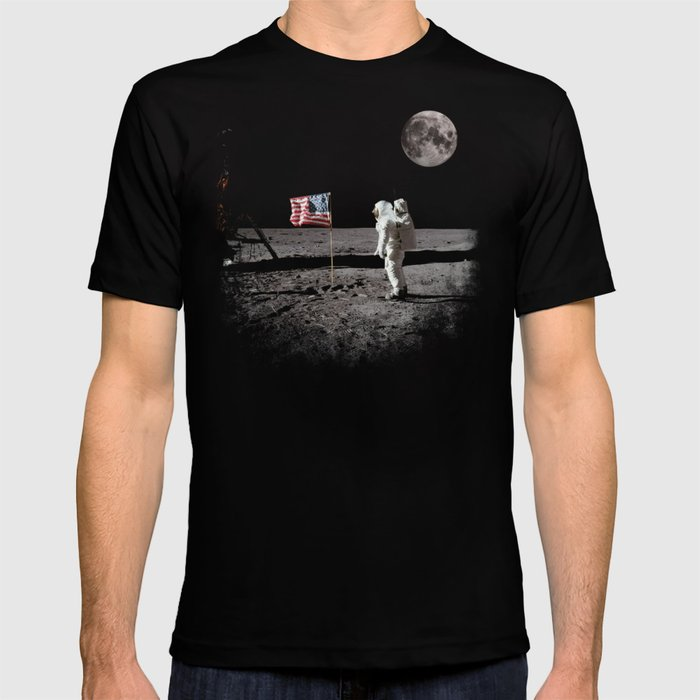 The Great Conspiracy: The Moon Is a Lie T-shirt