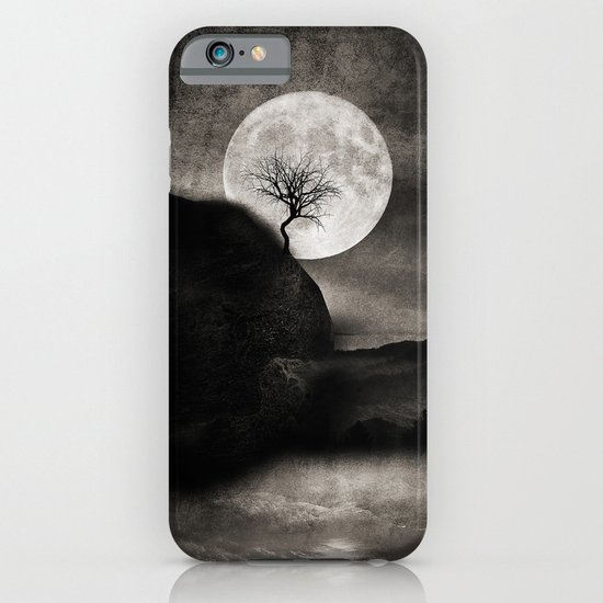 The Moon and the Tree.. iPhone & iPod Case