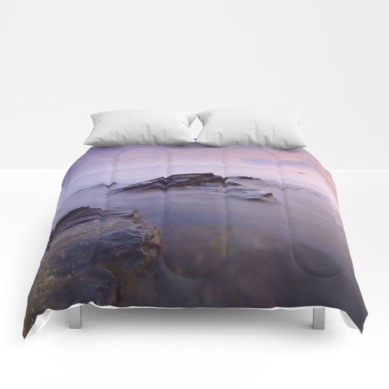 Cabria beach Comforters