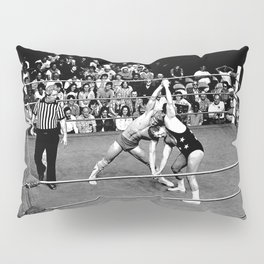 Kevin VonEric vs Frank Star Pillow Sham