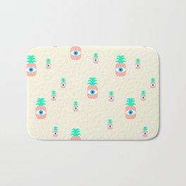 P[eye]NEAPPLES Bath Mat