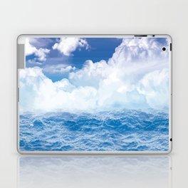 Wolken über dem Meer Laptop & iPad Skin