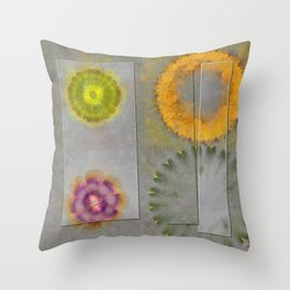 Quaternary Strategy Flowers  ID:16165-142241-78321 Throw Pillow