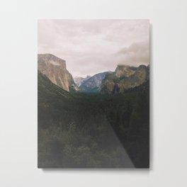 Yosemite Valley Metal Print