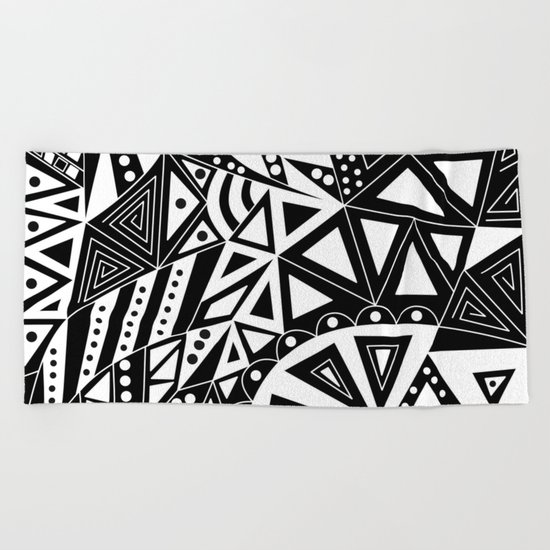Black and white abstract pattern. 1 Beach Towel