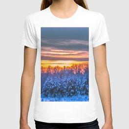 Magic winter sunset T-shirt
