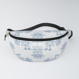 Delft blue romantic floral watercolor pattern in classic blue Fanny Pack