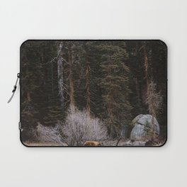 BEAR IN THE FOREST Laptop Sleeve