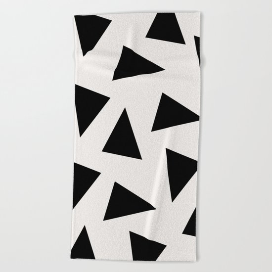 black triangle pattern II Beach Towel