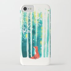 Fox in quiet forest iPhone 7 Slim Case