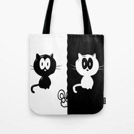 Catch the mouse Tote Bag