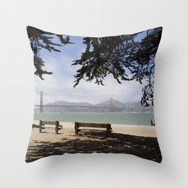 San Francisco relax Throw Pillow