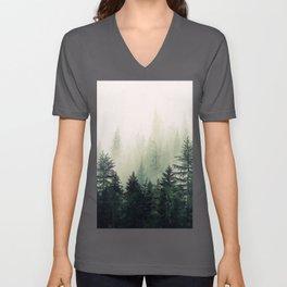 Foggy Pine Trees Unisex V-Ausschnitt