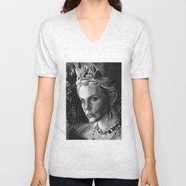 Queen Ravenna Unisex V-Neck