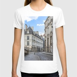 Old town street of Rennes T-shirt