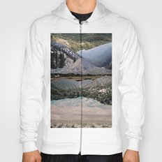 Mountains beyond mountains Hoody