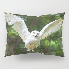 White Owl in Flying Pillow Sham