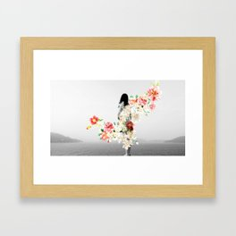 Poppy and Memory III Framed Art Print