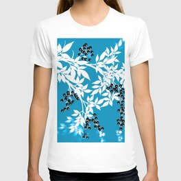 TREE BRANCHES BLUE AND WHITE WITH BLACK BERRIES TOILE T-shirt