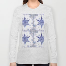 DECORATIVE WINTER WHITE-BLUE CRYSTAL SNOWFLAKES HOLIDAY ART Long Sleeve T-shirt
