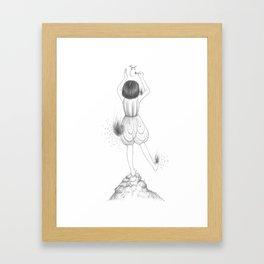 燃亮燈泡 Impossible Dream Framed Art Print